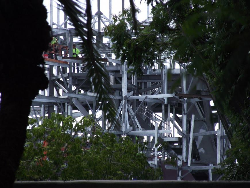 Construction of the floating Hallelujah mountains of Pandora