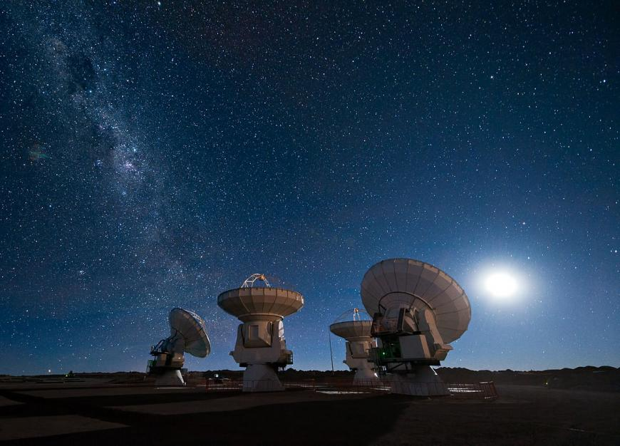 Radio antennas, radio telescope at ALMA