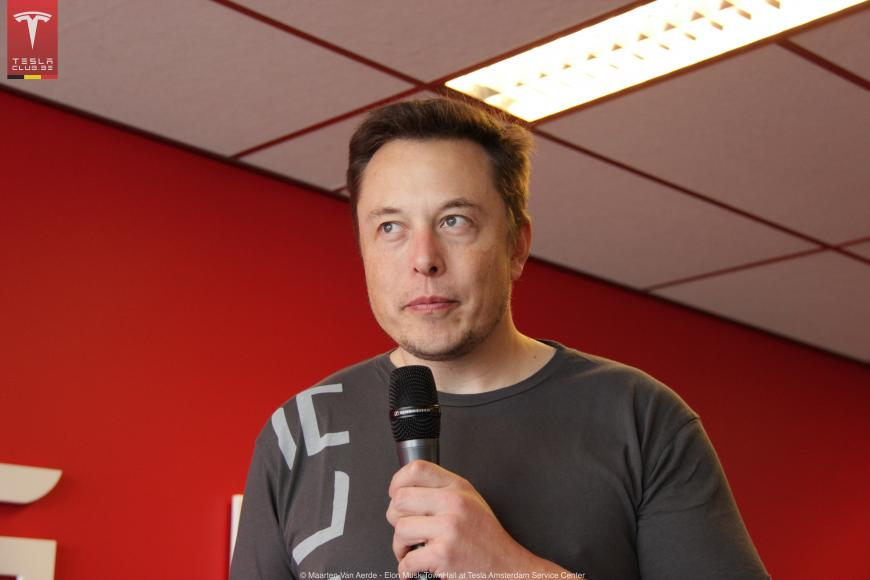 Elon Musk speaking at the Tesla Club in Belgium