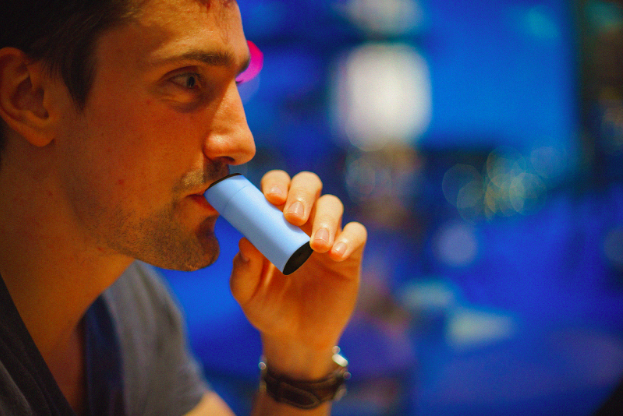 This Pocket Breathalyzer Could Help Identify Which Foods
