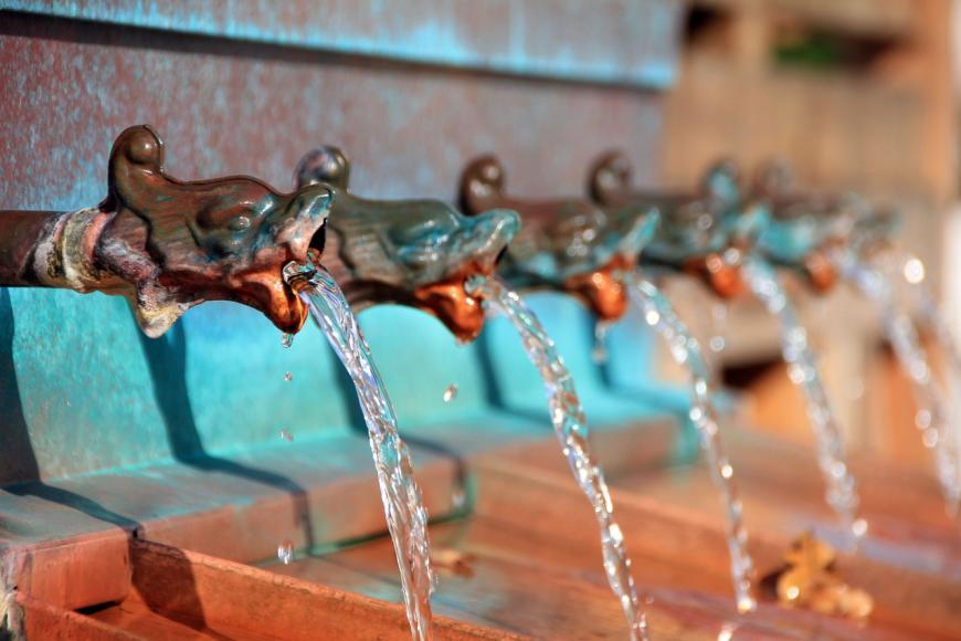 Water taps. CREDIT: AnnaER / Pixabay