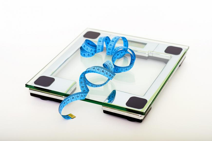 Weigh scale and measuring tape