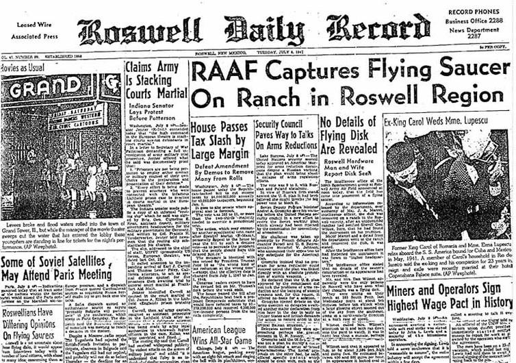 Newspaper headline: RAAF Captures Flying Saucer On Ranch in Roswell Region