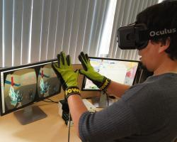 Haptic glove by Vivoxie