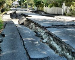 Quake damage to River Road