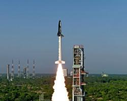 India's HS9 solid rocket launching
